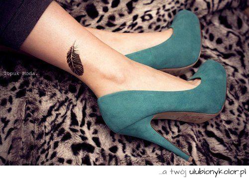 Obrazek Szpilki Tatuaż Buty Eleganckie Nogi Pióro