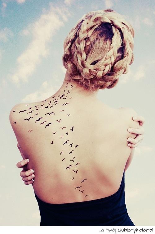 Obrazek Sexy Blondynka Tatuaż ładny Plecy Ptaki Zdjęcia I